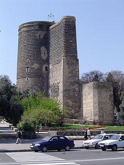 http://upload.wikimedia.org/wikipedia/commons/thumb/7/71/Baku_Maiden_Tower.jpg/250px-Baku_Maiden_Tower.jpg