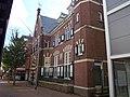 Bankgebouw met ingebouwde bovenwoning 1915 - 2.jpg