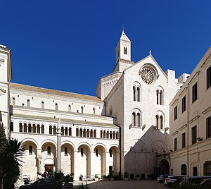 Bari Cathedral - Cathedral exterior