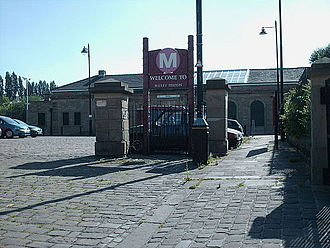 Batley railway station - The entrance