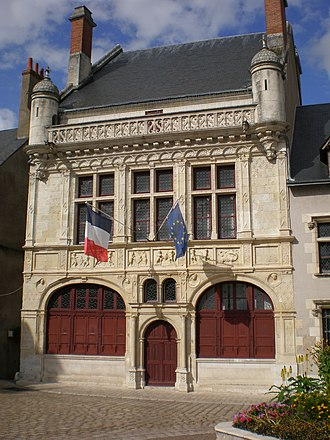 Beaugency - City hall