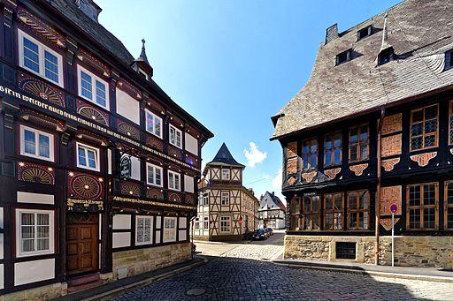 Beeindruckende Fachwerkbauten prägen die Goslarer Altstadt.