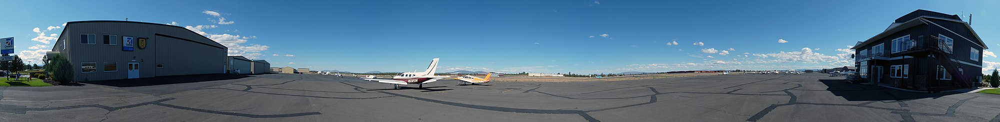 Picture of Bend, Oregon airport