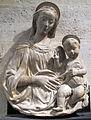 Benedetto da maiano (attr.), madonna col bambino.JPG