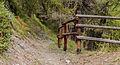 Bergtocht van Homene Dessus naar Vens in Valle d'Aosta (1708m). Beveiliging gevaarlijke passage in bergpad 02.jpg