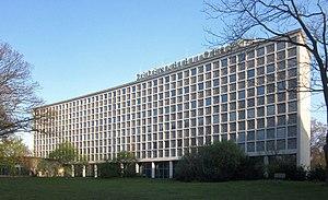 Amerika-Gedenkbibliothek - Image: Berlin, Kreuzberg, Bluecherplatz 1, Amerika Gedenk Bibliothek