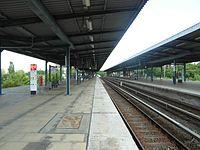 Berlin S- und U-Bahnhof Wuhletal (9494999891).jpg
