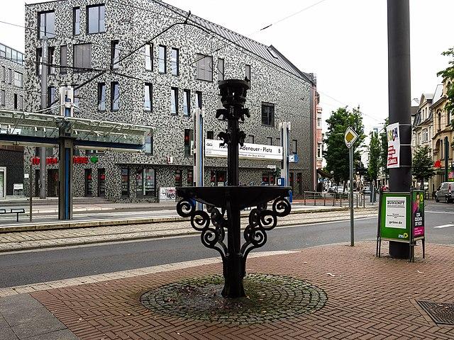 datei:beuel-brunnen-konrad-adenauer-platz-082017-01 – wikipedia