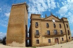 Biota palacio de los condes de Aranda,fachada frontal.prov Zaragoza.jpg