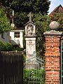 Boží muka se sochou svatého Jana Nepomuckého, v zahradě čp. 46 (3).jpg