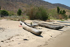 Dugout canoe - Dugouts on the shore of Lake Malawi