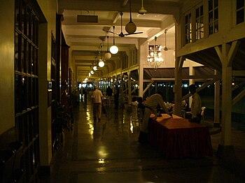 Bombay Gymkhana main corridor