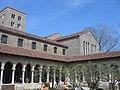 Bonnefont Cloister NYC - 2005-04.jpg