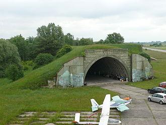 Milovice (Nymburk District) - Image: Bozi dar hangar 12