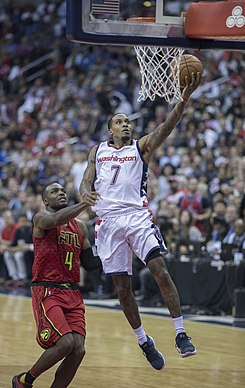 Brandon Jennings (34292739555).jpg