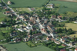 An aerial view of Bresnay