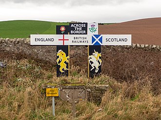 Anglo-Scottish border - The border at Marshall Meadows Bay on the East Coast Main Line railway