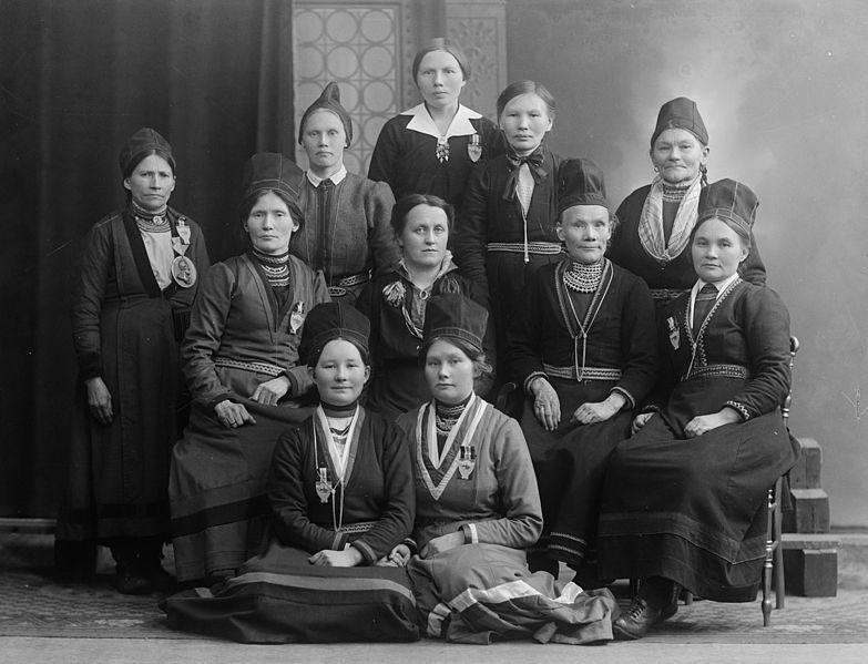 File:Brurskanken samiske kvinneforening.jpg