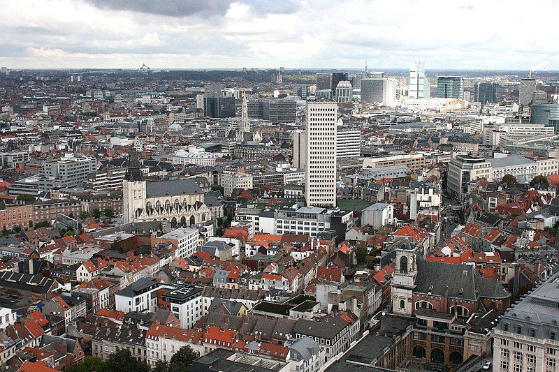 Премьер-министр Польши открыл польский лоббистский центр в Брюсселе