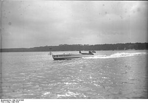 Templiner See - Motorboat race in 1929: Henry Segrave's Miss Alacrity
