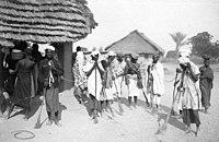 Bundesarchiv Bild 146-1984-063-36A, Deutsch-Ostafrika, Reise Bernhard Dernburg.jpg