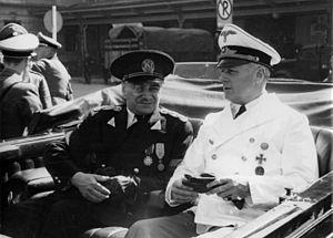Ion Gigurtu - Gigurtu (left) with Joachim von Ribbentrop in Salzburg, July 1940