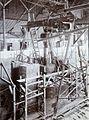 COLLECTIE TROPENMUSEUM Montage van een grote boogzender van Radiostation Malabar TMnr 60019325.jpg