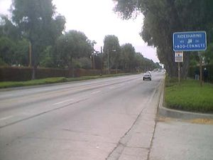 California State Route 72 - Eastbound Route 72 on Whittier Boulevard, entering Whittier.