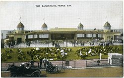 Central Bandstand Herne Bay 020.jpg