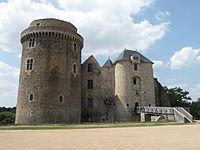 Château de Saint Mesmin.jpg