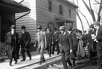 Rosenthal murder case - Charles Becker (center) being escorted to Sing Sing