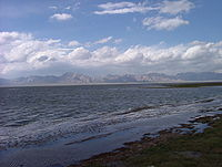 Chatyr kul lake.JPG