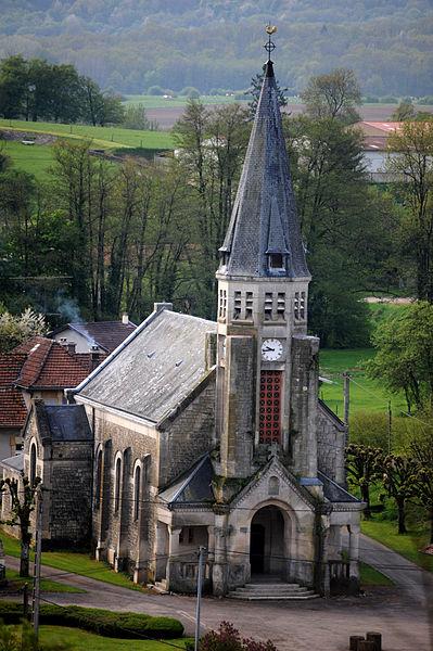 Cheppy, l'église vue d'en haut