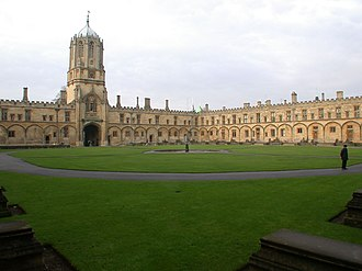 Tom Quad - Image: Christ Church college Quadrangle Oxford UK