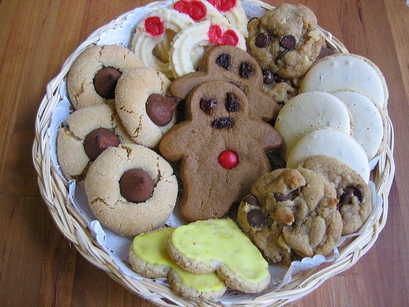File:Christmas Cookies Plateful.JPG