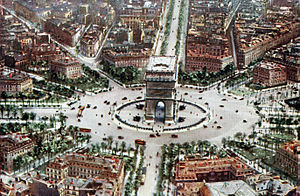Arc de Triomphe - A colourised aerial photograph of the southern side (published in 1921)