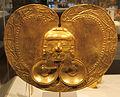 Colombia, yotoco (calima), ornamento per il petto, I-VII sec, oro sbalzato 01.JPG