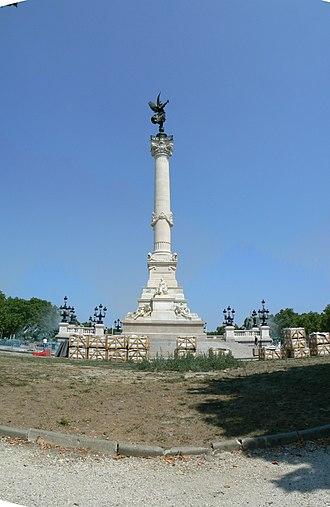 Place des Quinconces - Image: Colonne