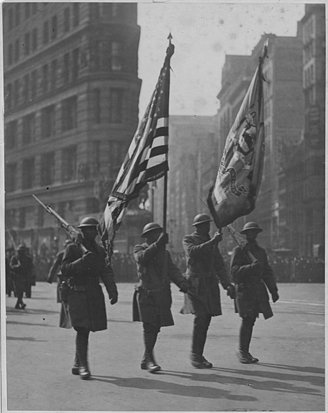 File:Color bearers of the famous 369th (African American) regiment at beginning of parade in honor of the . . . - NARA - 533537.jpg