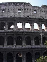 Colosseum (Rome) 21.jpg