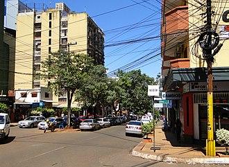 Ciudad del Este - Image: Crossing Adrian Jara and Boqueron