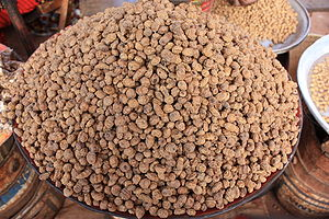 Cyperus esculentus - Dried tubers sold at the market of Banfora, Burkina Faso.