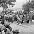 Demonstratie met spandoeken van gedemobiliseerde militairen in 1949 voor het ge…, Bestanddeelnr 255-1347.jpg