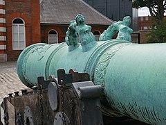 Detail on the Dresden Cannon, Woolwich (II).jpg