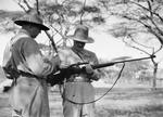 ETH-BIB-Vorbereitungen für die Jagd-Kilimanjaroflug 1929-30-LBS MH02-07-0306.tif