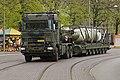 Een-trekker-opleggercombinatie-van-defensie-rijdt-de-raket-de-haagse-binnenstad-in.jpg