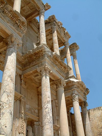 The Library of Celsus, which was founded by Celsus who is buried in a sarcophagus beneath the library. Efez Celsus Library 1 RB.jpg
