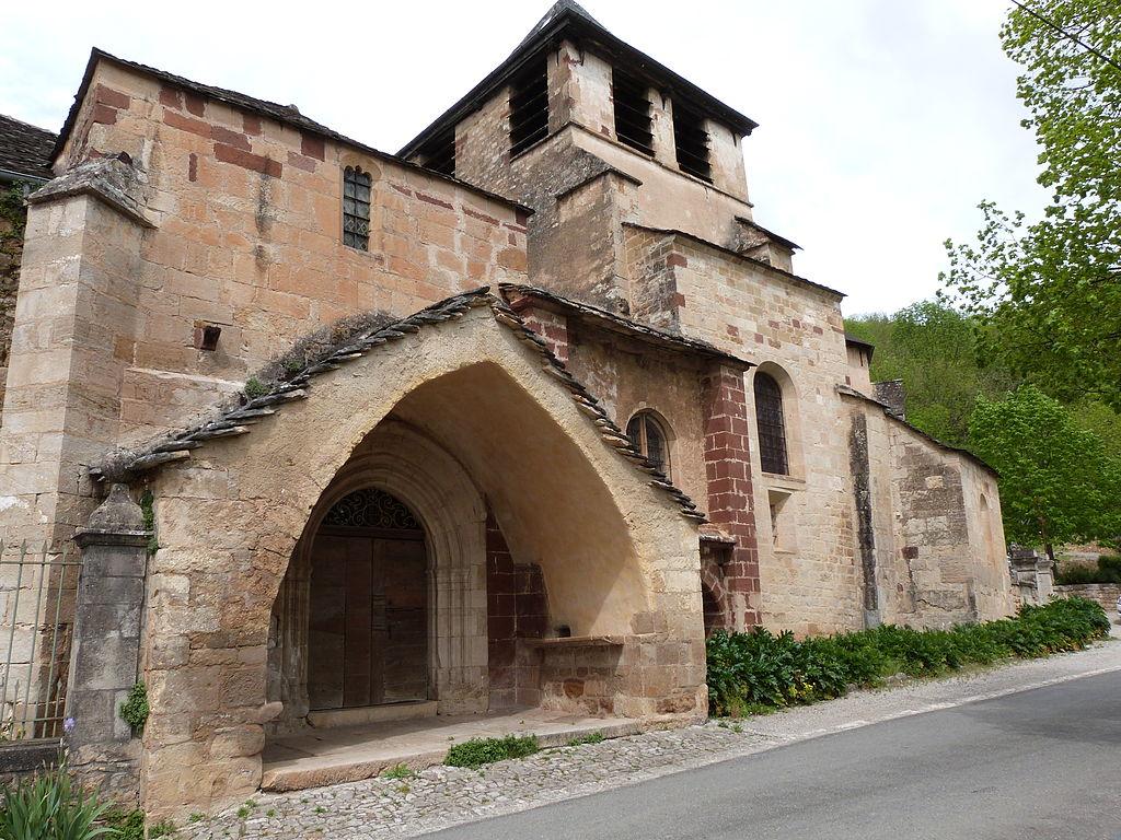 Eglise Saint-Austremoine.JPG