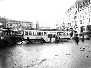 Ekeberg Line - Ekeberg trams at Stortorvet in the city center in 1918