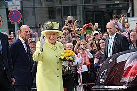 Elizabeth II in Berlin 2015.JPG